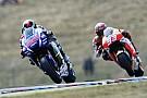 Silverstone, Libere 2: Lorenzo replica a Marquez