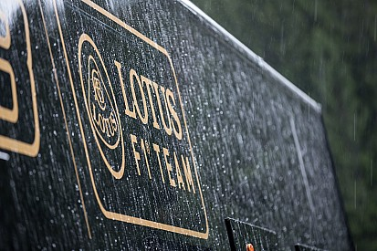 Сделка между Lotus и Renault должна завершиться на следующей неделе
