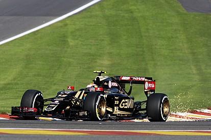 La Lotus de Maldonado a encaissé 17G sur le vibreur du Raidillon