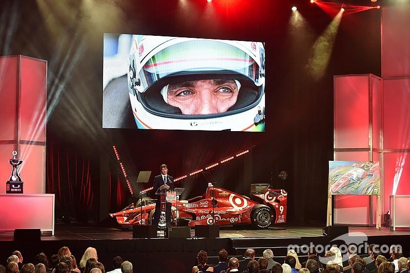 """الراحل جاستن ويلسون يُمنح جائزة """"السائق الأكثر شعبية"""" في إندي كار"""