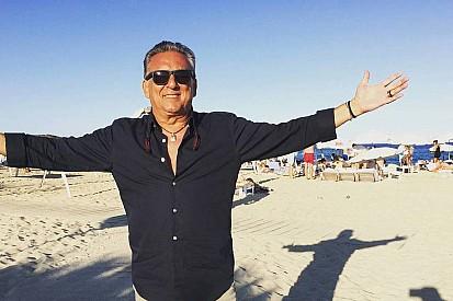 Sem Galvão, Globo opta por Luis Roberto para GP da Itália
