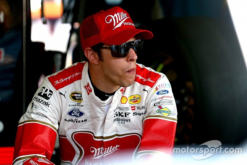 Keselowski leads Darlington Happy Hour