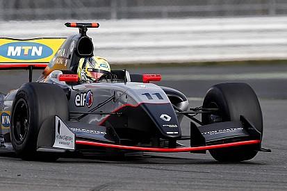 Victoire facile d'Ellinas à Silverstone