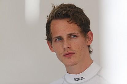 Бернсторф выиграл первую гонку в Монце