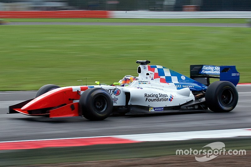 Silverstone FR3.5: Rowland edges Vaxiviere for fifth win of 2015