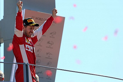 """Vettel protesta contra polêmica: """"foco deveria ser a corrida"""""""