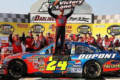 Can Jeff Gordon's love affair with Darlington get him to Victory Lane?