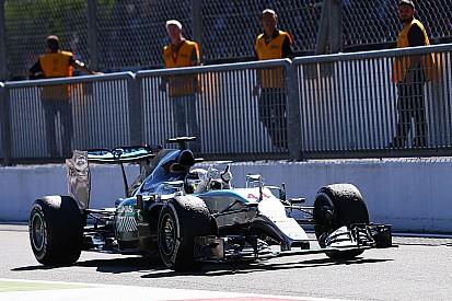Хилл удивлён решением стюардов по Mercedes
