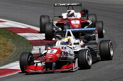 Plus que quatre pilotes dans la course au titre!