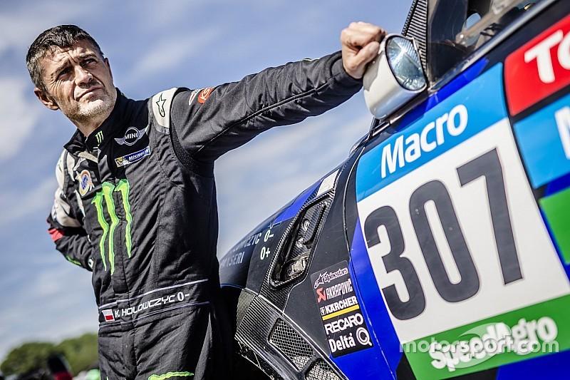Dakar podium finisher Hołowczyc retires from cross country rallying