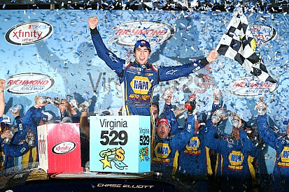 Chase Elliott wins Richmond, heads strong night for JR Motorsports