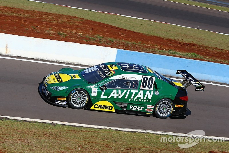 Brazilian V8 Stock Cars: Marcos Gomes on pole by 0.017 seconds