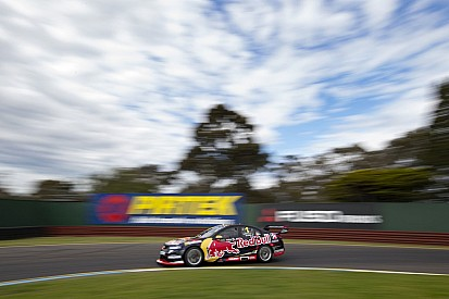 Whincup leads Sandown warm-up