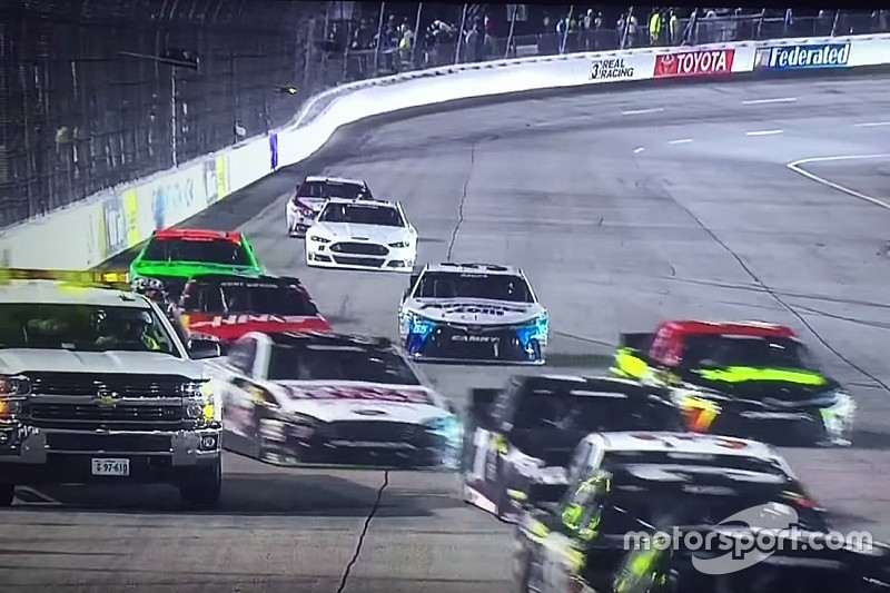 Michael McDowell hits safety truck at Richmond - video