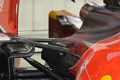 Ferrari: due mini flap ai lati della struttura deformabile