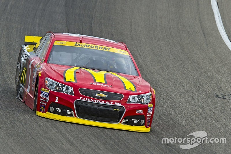 McMurray not feeling any pressure ahead of first Chase