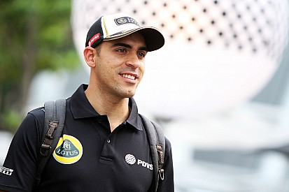 Maldonado keeps Lotus seat for 2016