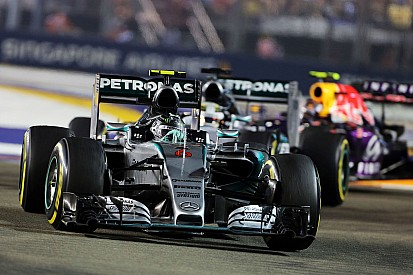 Mercedes dismisses wild Singapore tyre conspiracies