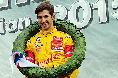 "Giovinazzi proud to ""follow in Verstappen's footsteps"" with Masters win"