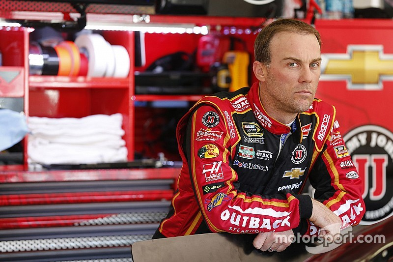 NASCAR – Les lourdes conséquences de l'accrochage Johnson-Harvick