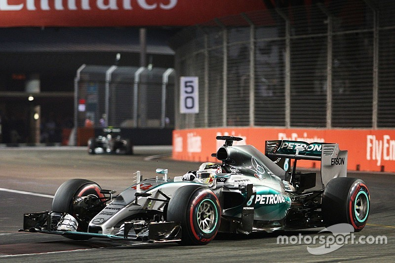 """Alonso expects Mercedes slump to remain a """"mystery"""""""