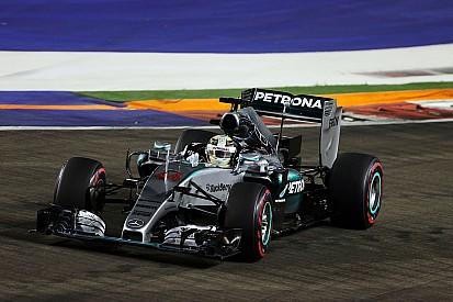 """Alonso - Le """"mystère"""" Mercedes de Singapour ne sera jamais expliqué"""