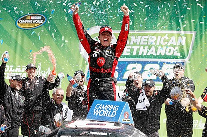 Nemechek and Custer hope to battle for the 2016 Truck title