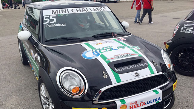 Mini Challenge: Calcagni in pole davanti a Tramontozzi