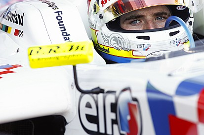 Le Mans FR3.5: Rowland wins after contact with Vaxiviere