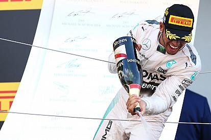 Hamilton vence em Suzuka e iguala marca de Ayrton Senna