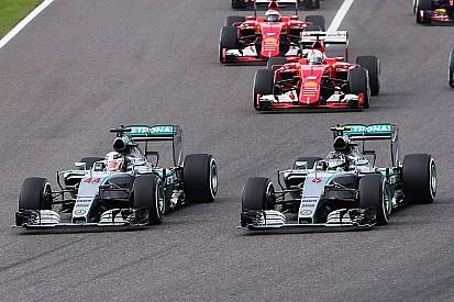 """""""Tinha de ter vencido a corrida hoje"""", reconhece Nico Rosberg"""