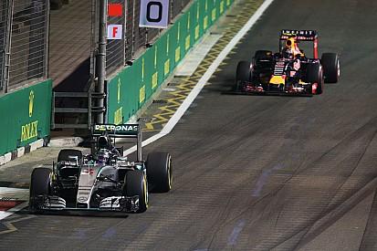 Лауда: В Red Bull так и не решились на серьезные переговоры