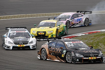 В Audi критикуют командную тактику Mercedes