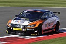 Silverstone BTCC: Turkington win keeps title hopes alive