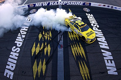 Kenseth wins as Harvick runs out of fuel at New Hampshire
