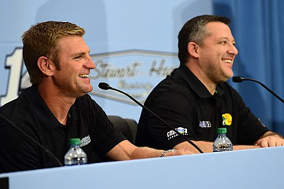 Bowyer confirmed as Tony Stewart's successor in No. 14