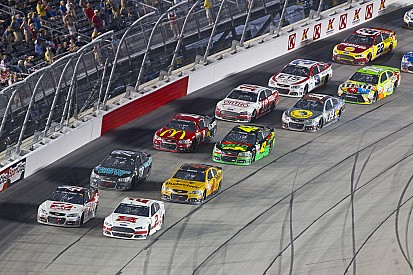 La NASCAR rallonge les zones de relance
