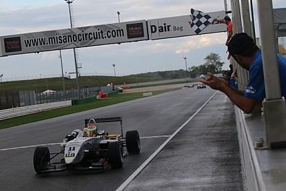 Alessandro Perullo trionfa in Gara 2 a Misano