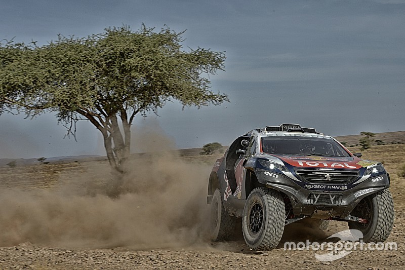 Technischer Defekt stört Dakar-Vorbereitung von Sébastien Loeb