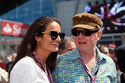 Chris Evans pode apresentar novo Top Gear sozinho; Stig fica