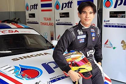 Tin Sritrai con la Chevrolet della Campos a Buriram
