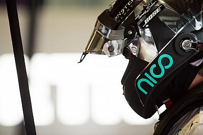 Rosberg é mais veloz em sessão marcada por batida de Sainz