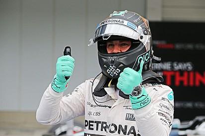 Nico Rosberg overtuigend naar pole, Max Verstappen keurig P9
