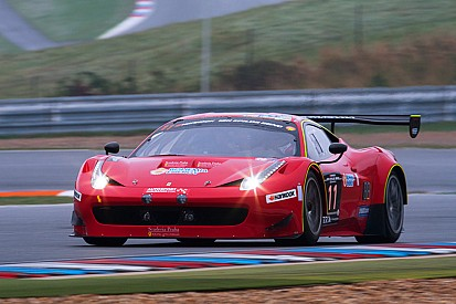 Close battle between Mercedes-Benz and Ferrari in first hours 12H Epilog Brno