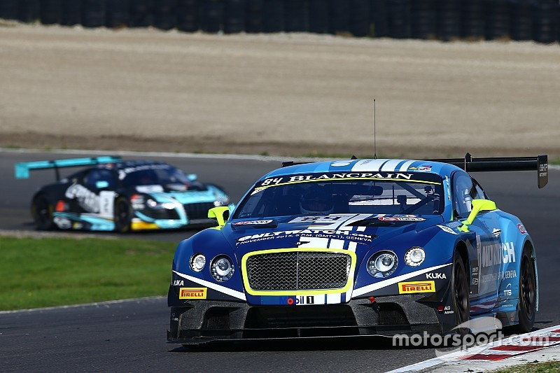 Frijns verliest leiding in Blancpain Sprint-klassement