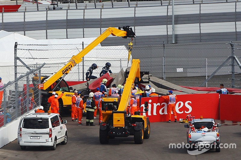 "F1 ""dodged a bullet"" with Sainz's accident"