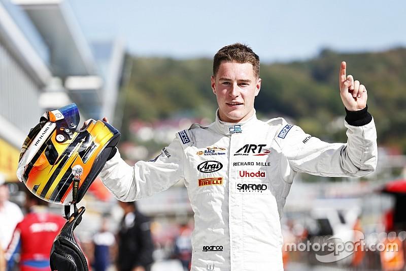 Richie Stanaway gewinnt GP2-Sprint in Sotschi, Stoffel Vandoorne den GP2-Titel