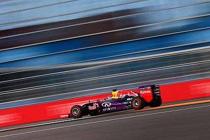 Horner surprised by Ricciardo's race charge