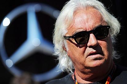 Briatore pede mudanças nos regulamentos da F1