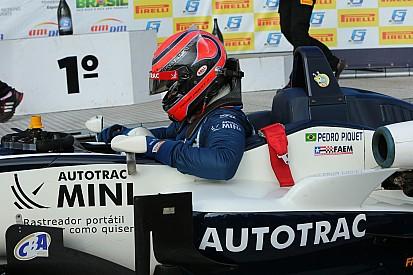 Após grave acidente, Pedro Piquet volta em Curitiba